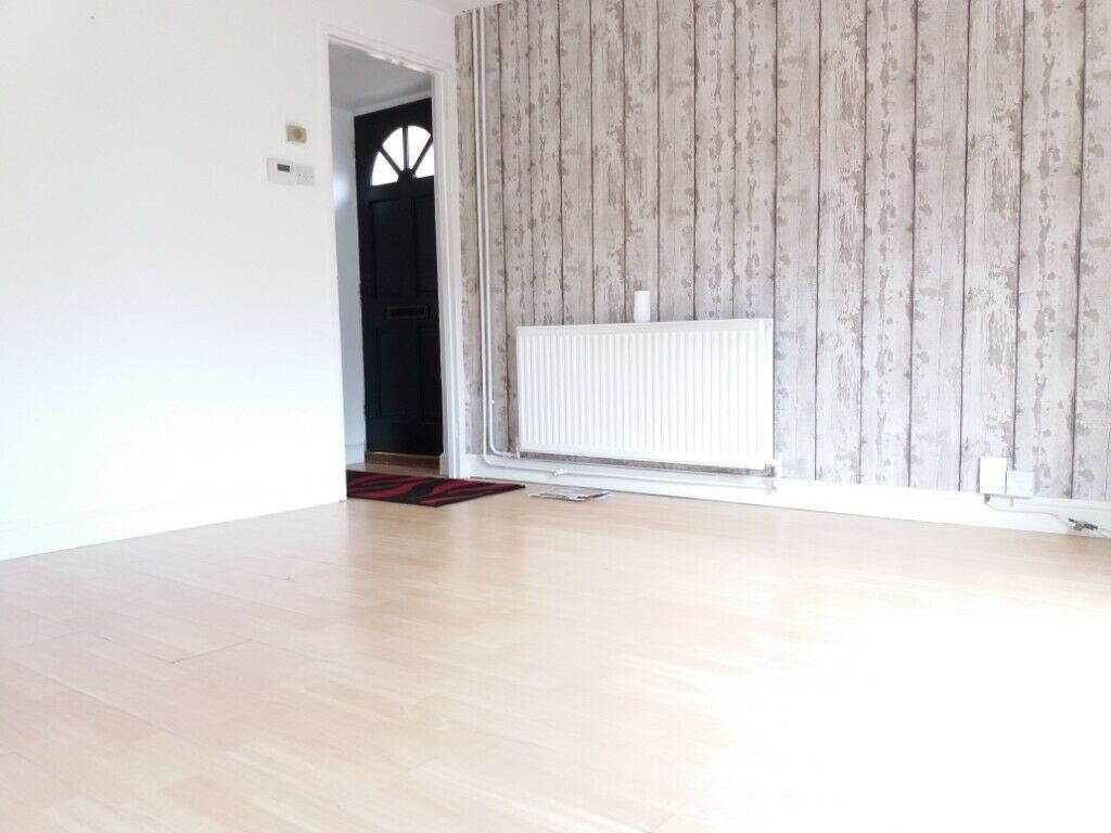 Magnificent 3 Bedroom Semi Detached House To Rent In Wigmore Luton Garden Drive Way Pets Shed In Luton Bedfordshire Gumtree Download Free Architecture Designs Lukepmadebymaigaardcom