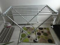 CLOTHES AIRER/DRYER HEATED NEW