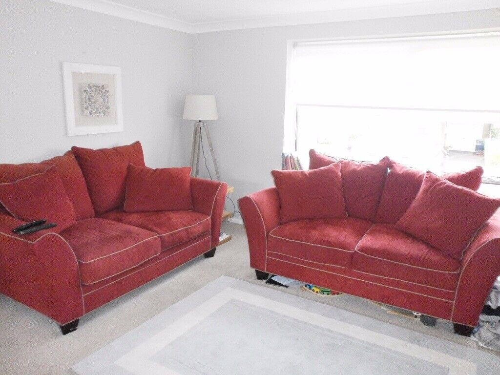 Groovy Reduced Two Gorgeous Larger Than Average Red Pillow Sofas In Whickham Tyne And Wear Gumtree Download Free Architecture Designs Estepponolmadebymaigaardcom