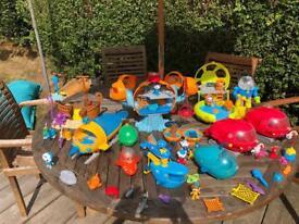 Large bundle of Octonauts toys