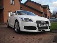 Need quick sale! Ibis white Audi TT 09