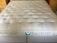 Super King Vi-Spring Mattress & Vi-Spring base with 4 drawers - Exc condition