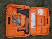 Spit p370 nail gun