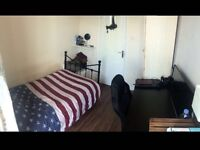 Single room to rent at new cross