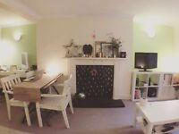 Dble En-suite Room in Stunning Seaside Property
