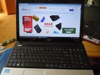 Acer i3 laptop with windows 10 super condition