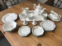Eternal Beau Pottery Set