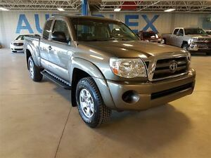 2010 Toyota Tacoma 4x4, V6, Nav, Back Up Camera, Automatic