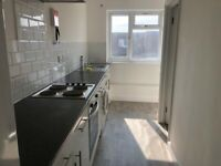 Spacious 2 bed flat in Dagenham part dss welcome