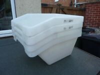 4x large, angled storage tubs.