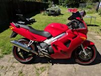 VFR800FI (ONLY 21000) MAY SWAP