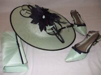 Mother of the Bride/Groom accessories