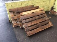 4 sold wooden pallets free to collect