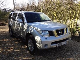 Nissan Pathfinder 2.5TD 4X4 Adventura 06 Manual