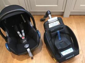 Maxi Cosi Pebble Infant Car Seat and Isofix Base