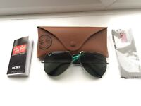 Brand New Ray Bans polarised RB3025