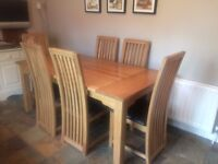 Solid Oak Kitchen Table with 6 matching chairs