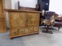 Stunning Barker & Stonehouse Flagstone Sideboard Possible TV Stand