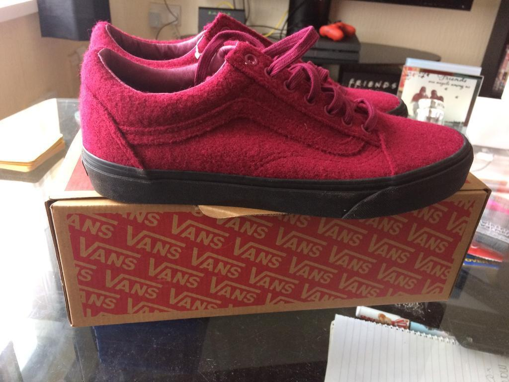 49fbbd03ed Brand New and Boxed Authentic Vans Old Skool