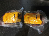 Dewalt DCB183 18V 2Ah XR Li-ion Battery Pack x2 NEW
