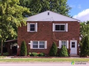 $250,000 - Triplex for sale in Courtright