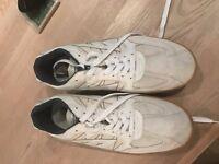 Hi-Tec Squash Shoes (size 11)