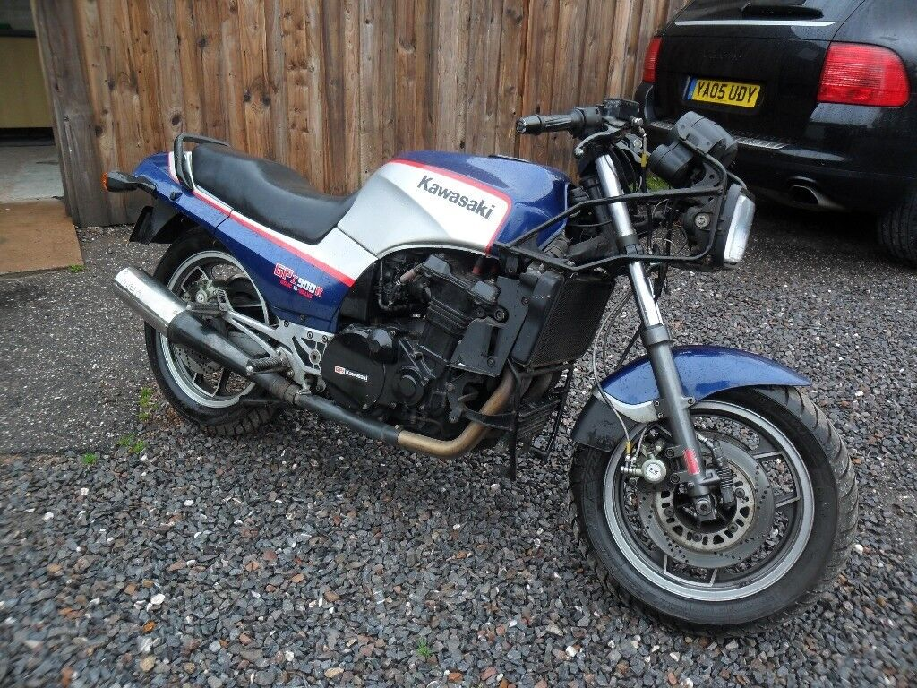 B'REG GPZ900R 44K MILES-RUNS--PROJECT--COMPLETE FRONT FAIRING INCLUDED