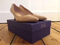 Stuart Weitzman at Russell&Bromley court shoe with kitten heel, in blush (size 7)