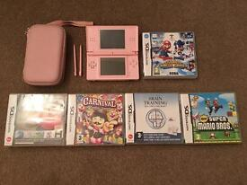 Nintendo DS lite - with 5 games