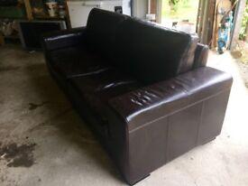 Italian leather 3 seat & 2 seat settees
