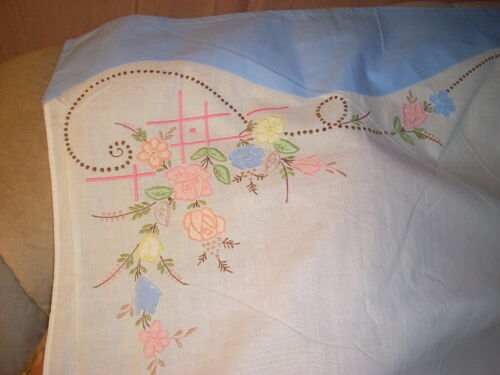VINTAGE Embroidered Standard/Full Flat Sheet Floral Applique NOSw/Tag NICE!