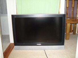 Panasonic Television 32 inch screen