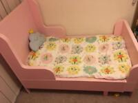 Pink extendable bed for children