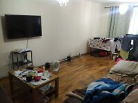 3 bed house on Basingstoke Road, South Reading near Morrisons Superstore, M4 Junc 11 & Green Park