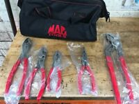Brand-new Mac tools +bag ( not snap on )