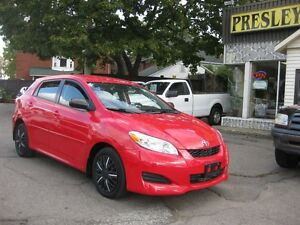 2011 Toyota Matrix 4 cyl, FWD, p/w p/l cruise keyless,aux-in, a/