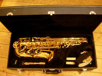 alto saxophone:highly sought-after Jupiter 500 sax, superb condition,under 1/2 new price (RRP £894)