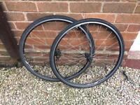 DA22 road wheel set