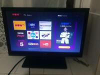 "19"" LED TV with DVD freeview USB hdmi excellent condition Collection derby"