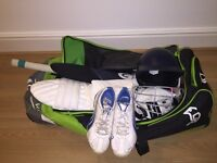 FULL JUNIOR CRICKET SET - all in very good condition. Items may also be purchased separately.