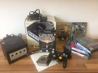 NINTENDO GAMECUBE BOXED WITH 10 GAMES
