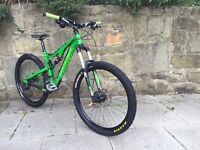 Stunning Santa Cruz Bronson Carbon 650b Mountain Bike