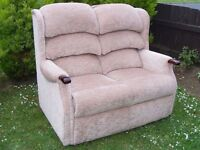 CAN DELIVER - BEAUTIFUL FABRIC HIGH BACK 2-SEATER IN GREAT CONDITION