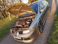 Seat Leon Cupra R 225 (285bhp)