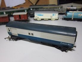 TRIANG R402M TRAVELLING POST OFFICE ROYAL MAIL M30224 BLUEGREY 00 GAUGE