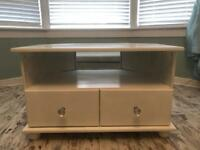 White tv stand/unit