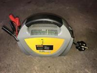 Car / van battery charger
