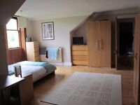 Large Double Room for let next to Botanic Gardens. 425 pcm