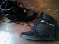 Wedge Boots Black with gold zips Size 6 UK