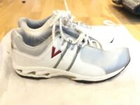 SIZE 9 Slazenger Shoes for Cricket (Excellent condition)